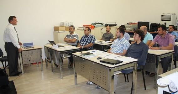"""4 Temmuz 2014 tarihinde TURKLAB tarafından """"TS EN ISO /IEC 17065:2012"""" eğitimi gerçekleştirildi."""